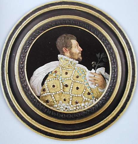 Portrait présumé de Pietro Machiavelli. Italie. Seconde moitié du XVIe siècle. Cire. Cadre de bois. Musée national de la Renaissance. Écouen
